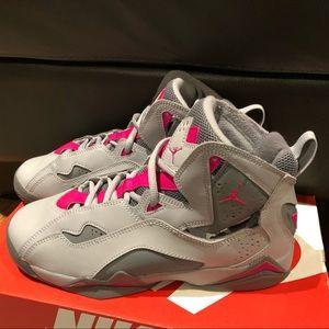 Air Jordan True Flight Nike Sz 6.5Y 7Y Girls Shoes